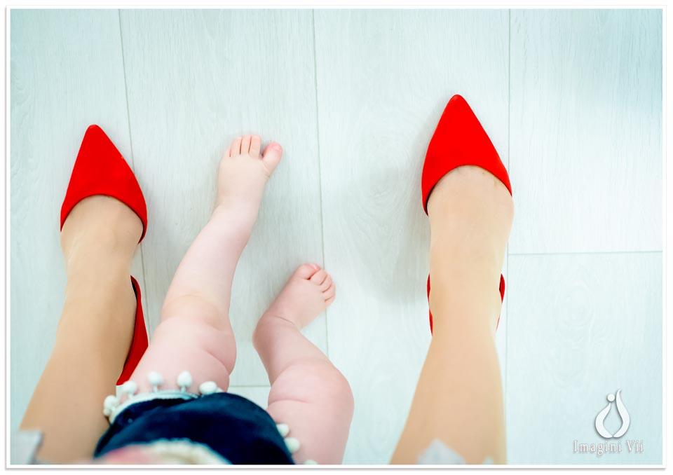 pantofi rosii mama si fiica